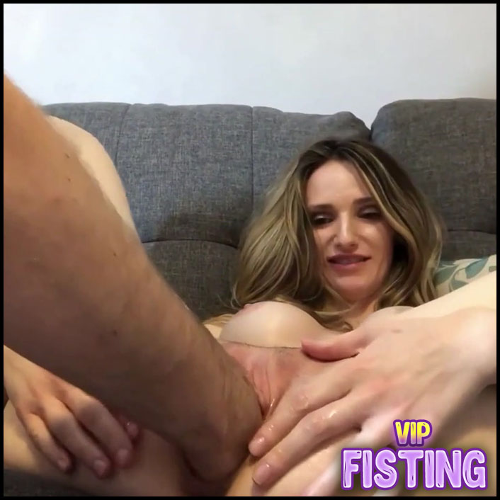 Being Fisted With Real Orgasm Amateur Closeup - Ariel Blaze