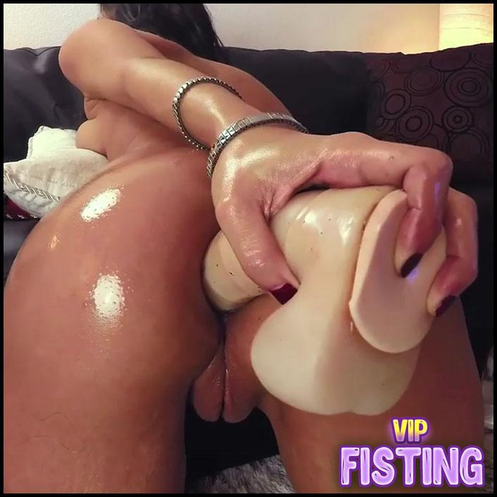 Really Exciting Big Ass Oiled Girl Dildo Anal Play