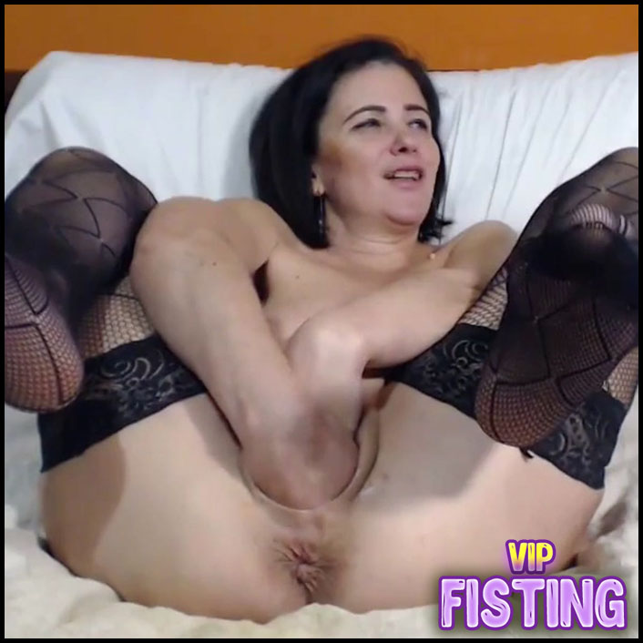 Webcam Big Ass Try Fisting And Big Toys Penetration Herself - Kinkyvivian