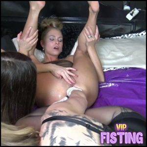 Extreme Footing Fist Strap On And More – Siswet19 – Double Fisting