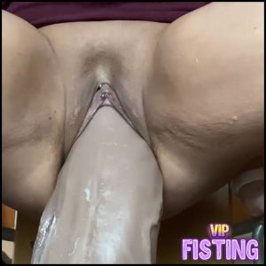 Big Ass MILF Penetration Monster Toy In Ass And Pussy At The Moment – Monster Dildo