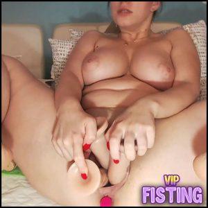 Fantastic Booty Girl Triple Dildos Vaginal Penetration – Mimi_Natali – Colossal Dildo, Triple Dildo