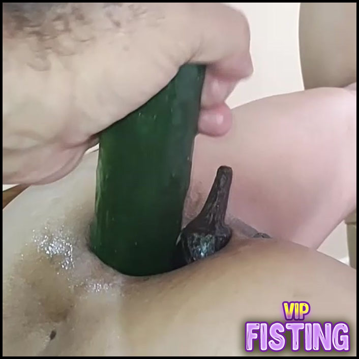 Wife Monster Anal Gape Loose With Giant Vegetables POV Amateur