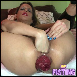 Close-ups On My Smashed Asshole and Prolapse – Maria Hella – Anal Prolapse, Solo Fisting