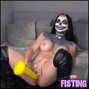 Miss Bones The Sex Toy Tester – KimberleyJx – Colossal Dildo, Cosplay