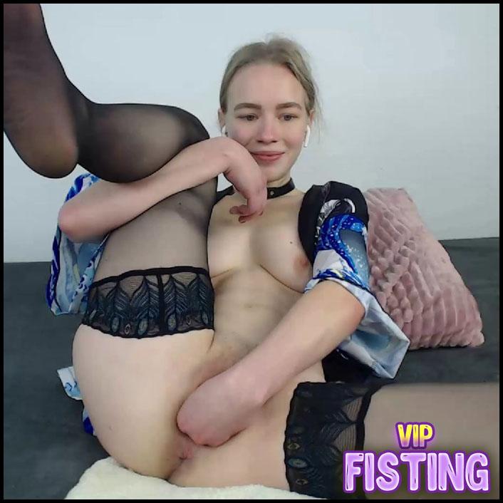 Webcam Horny Large Labia German Teen Again Fisted Asshole - JanaBellaCam
