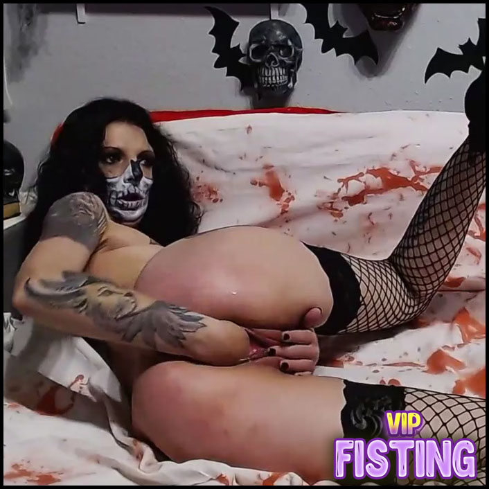 Webcam Model From Hell Penetration Baseball Bat and Fist In Her Demon Pussy