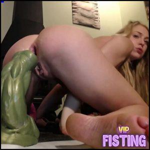 Webcam Very Exciting Blonde Teen Shocking Size Hulk Dildo Fully Anal Ride – Siswet19 – Dildo Anal