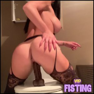Misslexa My First BBC Destroys My Pussy But Makes Me Squirt So Much – Dildo Porn