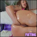 Big Ass MILF More Streched…mmmm I Love It Vegetable Sex – Solo Fisting, Vegetable Anal