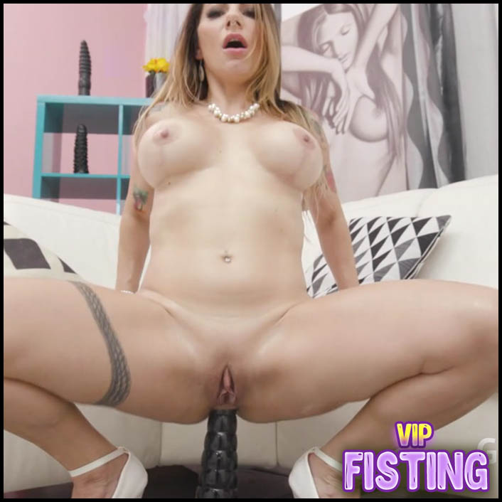 Big Black Dildo and Deepthroat Fuck Hardcore - Lilly Veroni