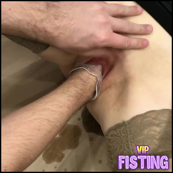 Skinny Kinky Wife Enjoy Deep Fisting From Her Husband - Love Banaxy