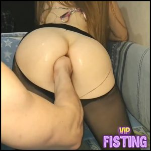 Cute Russian girl Juliana Kiss Gets Fisted From Husband Hot Homemade – Pussy Fisting