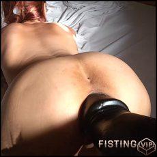Marias colossal dildo fuck – HD-720p, colossal dildo, dildo anal, extreme fisting (Release June 25, 2017)