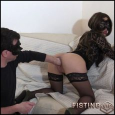 Amazing amaeur double fisting sex with masked couple – double fisting, double penetration, fisting herself (Release July 22, 2017)