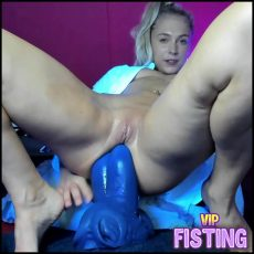 Shocking Size Brutal Bad Dragon Dildos Fully in Rosebutt Anus Hole With Teen - Siswet19